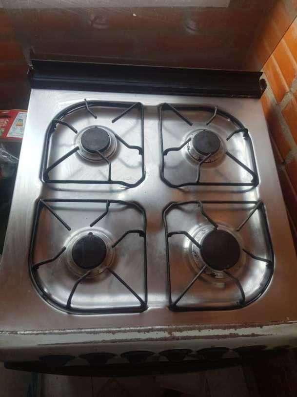 Cocina con horno 4 hornallas - 2