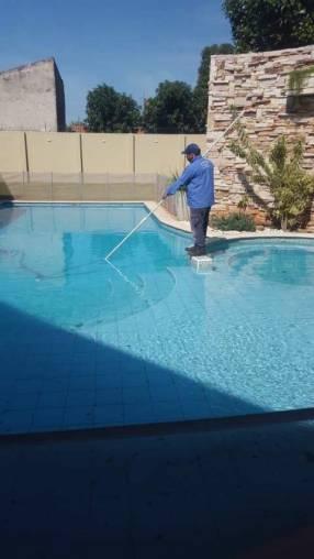 Limpieza y mantenimiento y recuperación de piscinas
