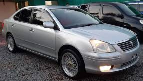 Toyota premio 2003