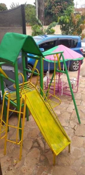 Parque infantil y calesita
