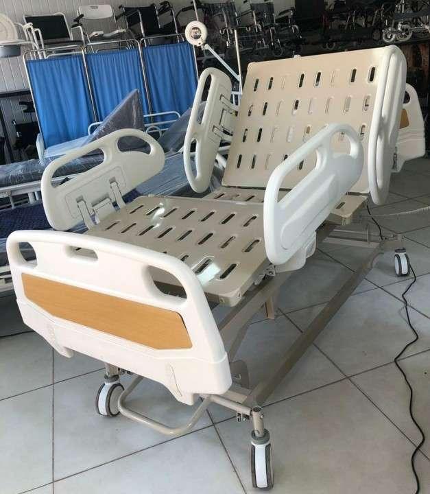 Cama de 5 movimientos para terapia intensiva - 0
