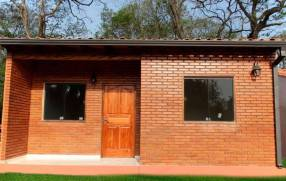 Casa a estrenar en Marín Ka´aguy Luque