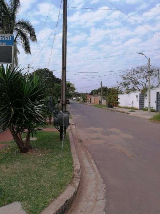 Casa con tinglado en Luque zona CIT - 1