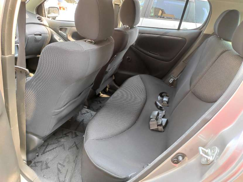 Toyota Vitz RS 2003 motor vvti 1500 naftero automático - 8
