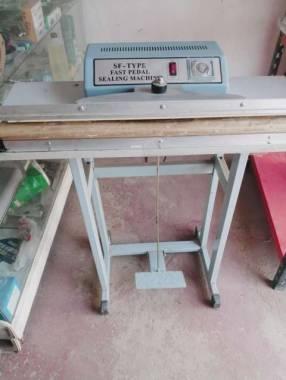 Sellador de bolsas con método de calor constante y regulable