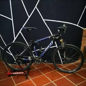 Bicicleta aro 26 + Rodillo estático