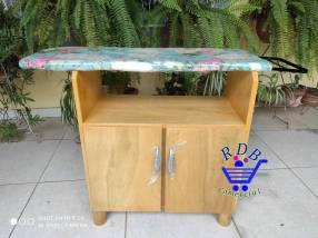 Muebles con mesa de planchar