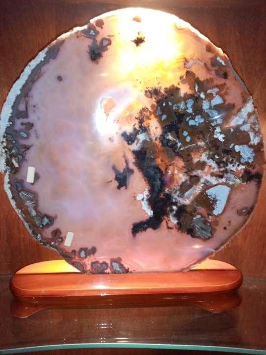 Chapa de piedra con base de madera - 0