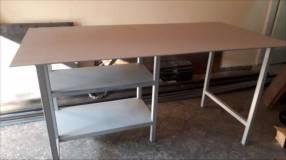 Mesa para trabajo pesado a medida