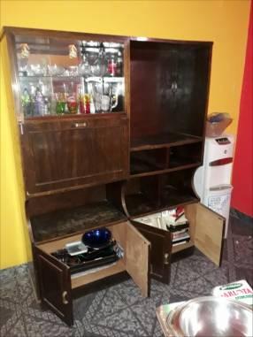 Mueble multiuso de madera