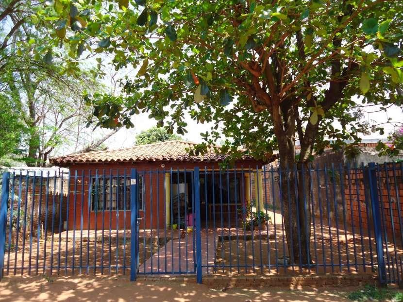 Casa en Ñemby zona centro a 25 metros de Acceso Sur - 0