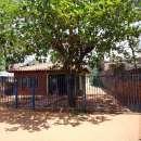 Casa en Ñemby zona centro a 25 metros de Acceso Sur - 1