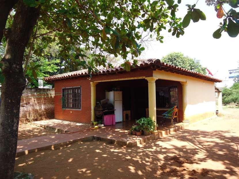 Casa en Ñemby zona centro a 25 metros de Acceso Sur - 2