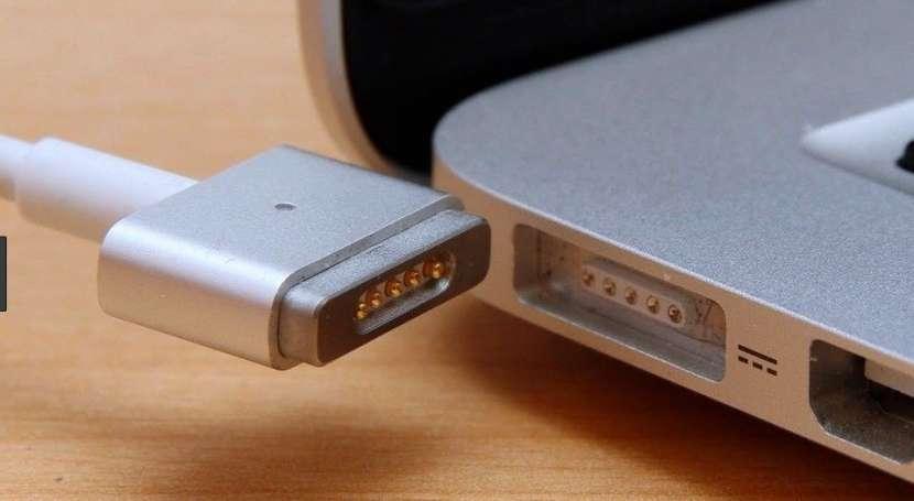 Cargador Magsafe 2 de 45W para Macbook Air - 1
