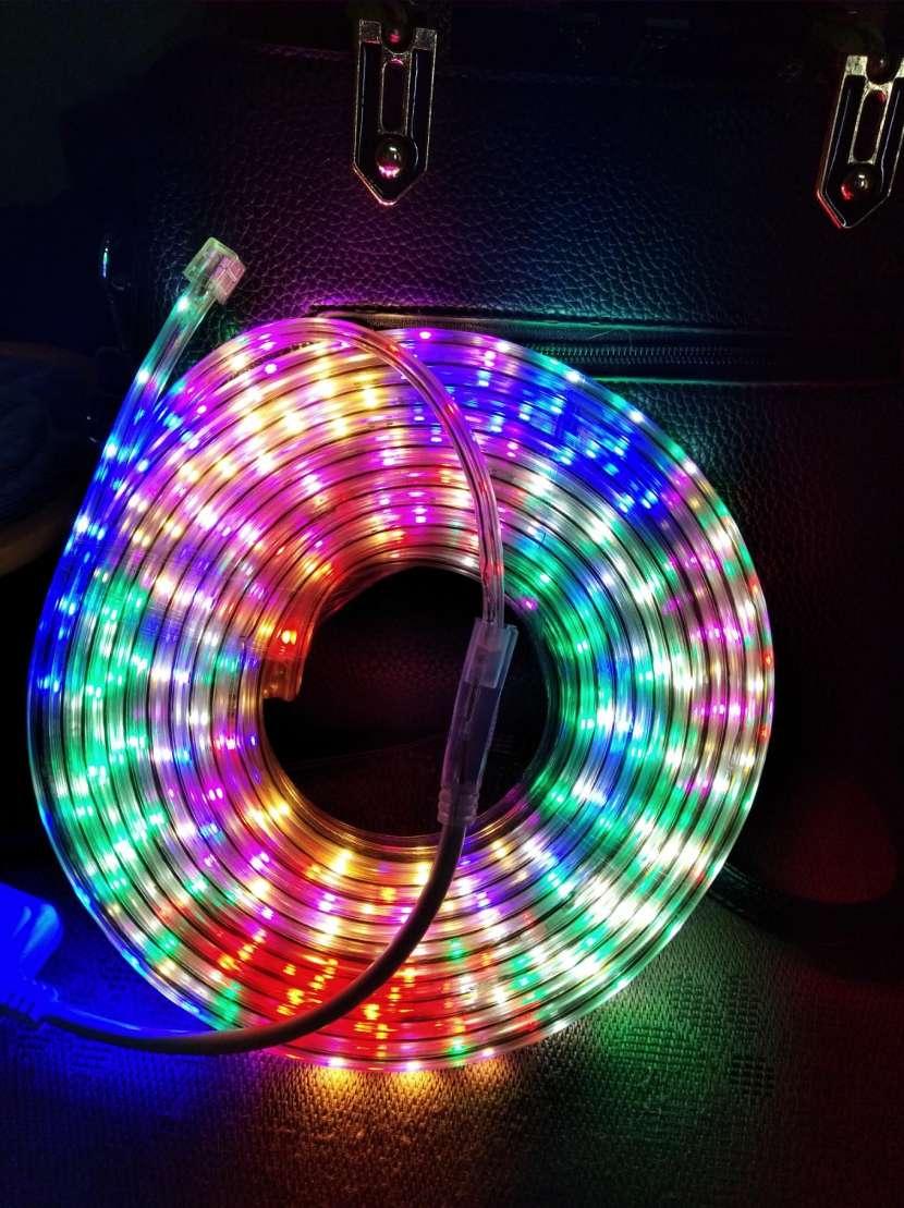 Tira de luz multicolor de 10 metros - 1