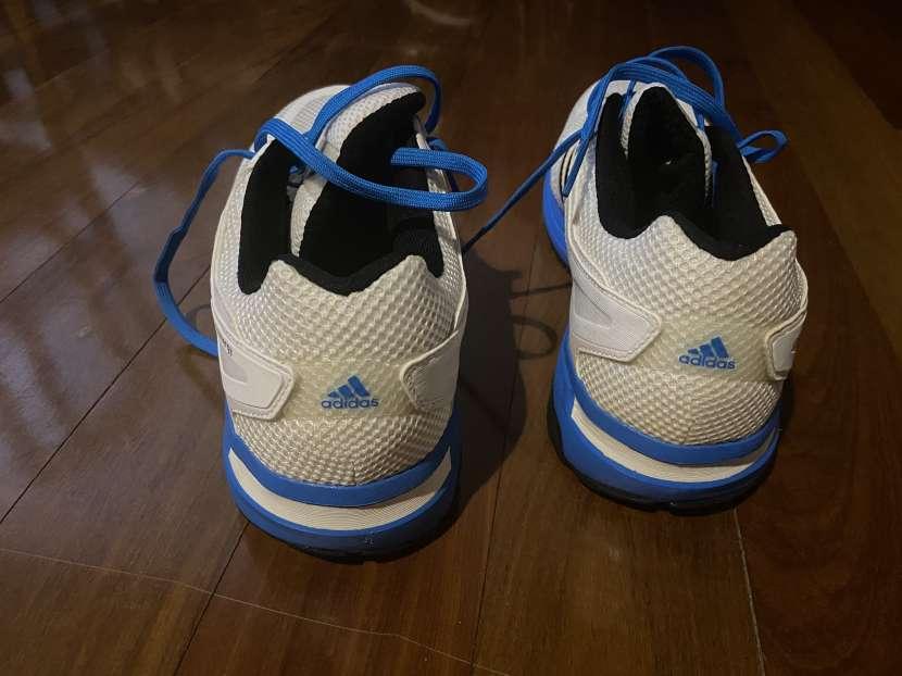 Champion Adidas talle 11 USA - 3
