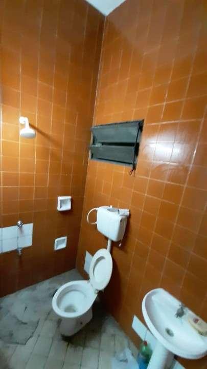 Salón amplio c/ baño - 2