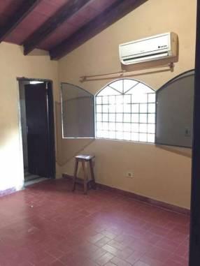 Habitacion independiente con sala y baño