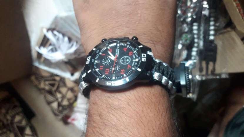 Reloj Explorer - 0