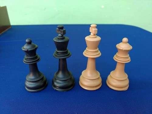 Piezas de ajedrez Dubrovnik de plástico - 4