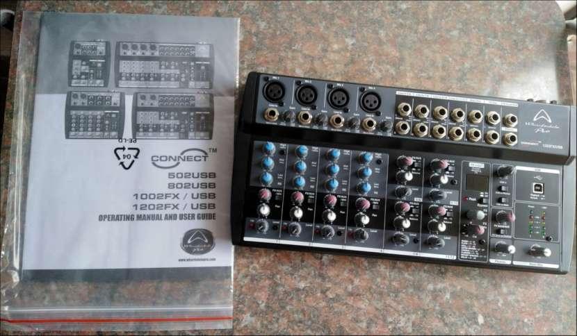 Mixer Wharfedale Pro Connect 1202FX/USB de 12 CANALES - 0