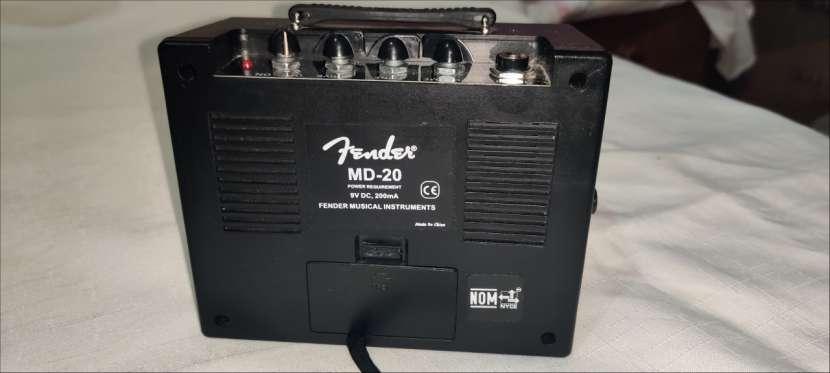 Amplificador Mini Deluxe Fender MD-20 - 2