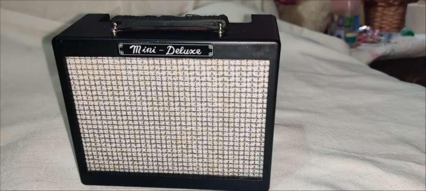Amplificador Mini Deluxe Fender MD-20 - 0
