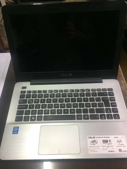 "Notebook Asus 14"" Core I5 1Tb HHD 6 RAM ampliada a 12 RAM - 4"