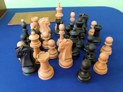 Piezas de ajedrez Dubrovnik de plástico - 2