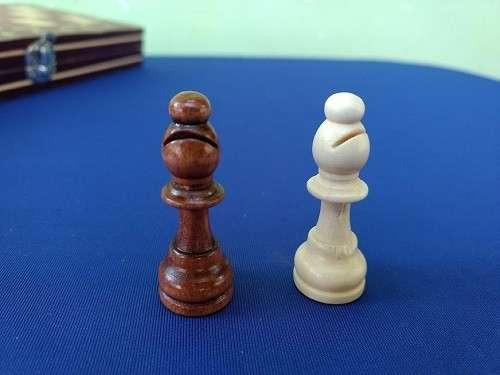 Juego magnético de ajedrez y damas y Backgammon - 7