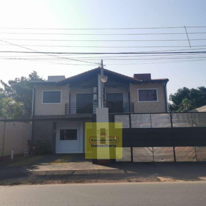 Duplex en Fernando de la Mora zona Norte Y5485 - 0