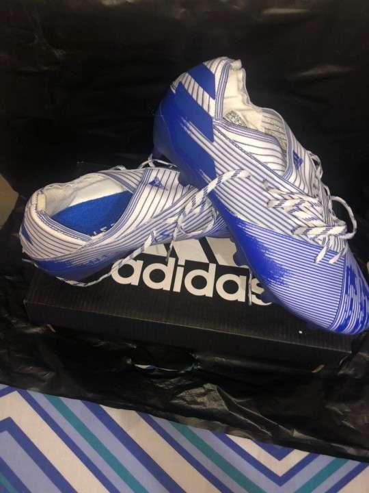 Botín Adidas - 0