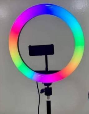 Aro LED multicolor con trípode de 2 mts