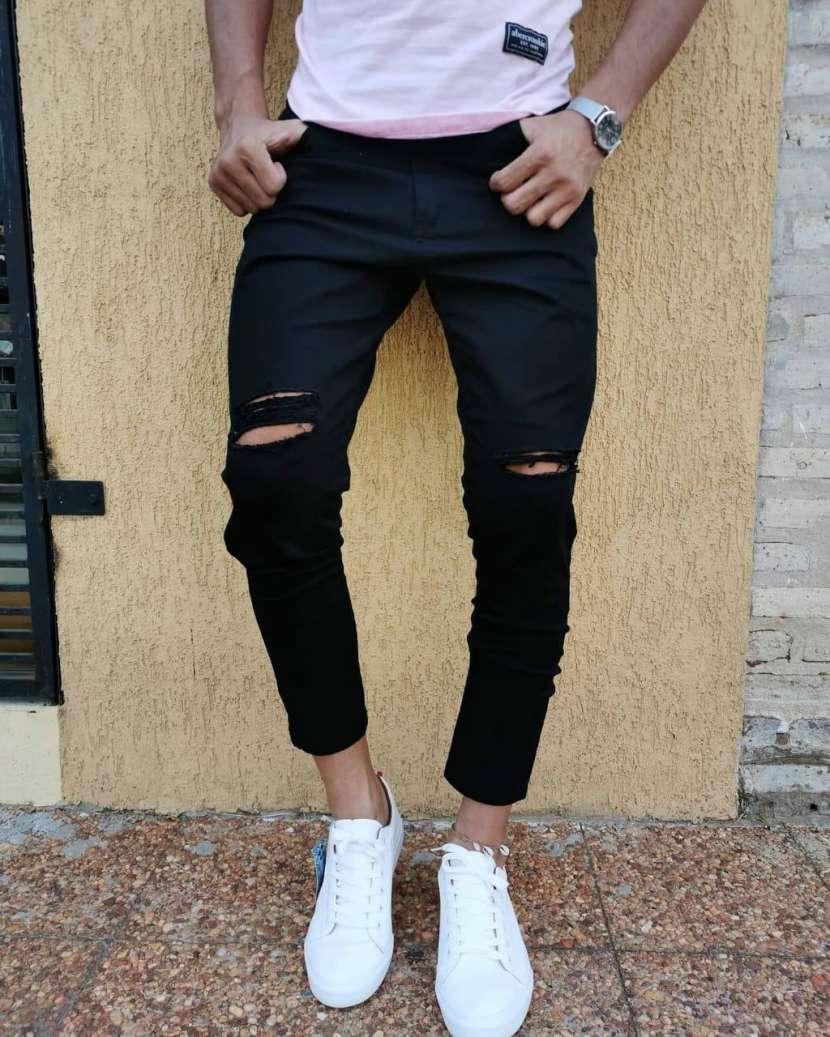 Jeans Rasgados - 0
