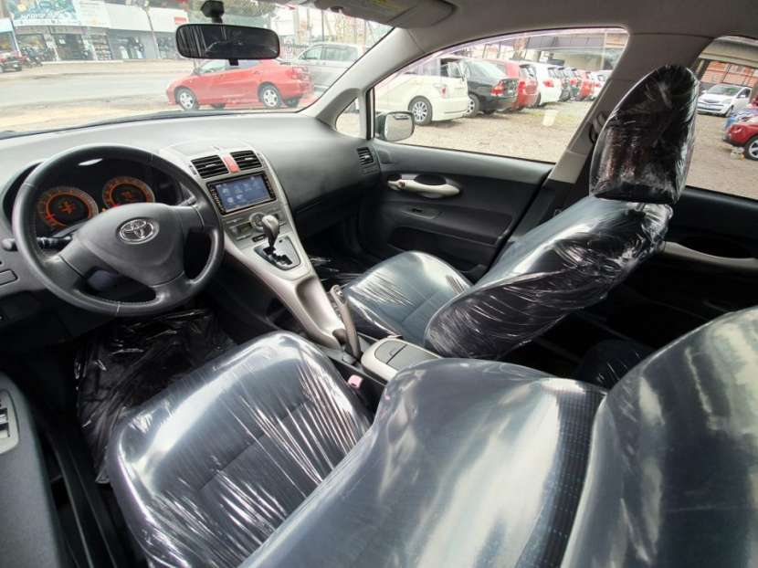 Toyota Auris 2009 - 3