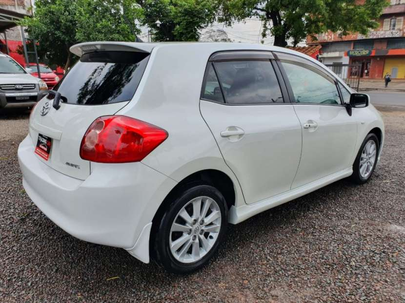 Toyota Auris 2009 - 5