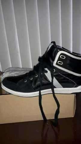 Levi's negro calce 42 - 0