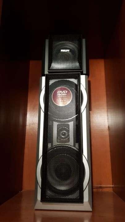 Equipo de sonido Philips. - 1
