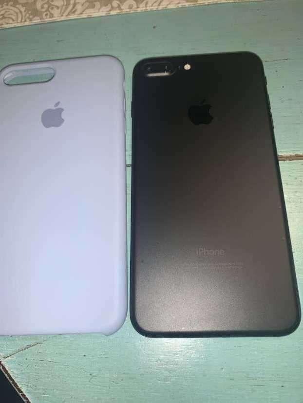 iPhone 7 Plus 128 gb - 0