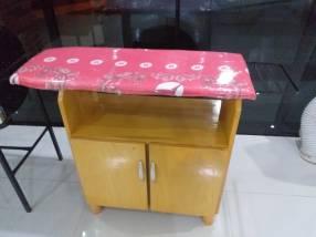 Mesa de planchar de madera