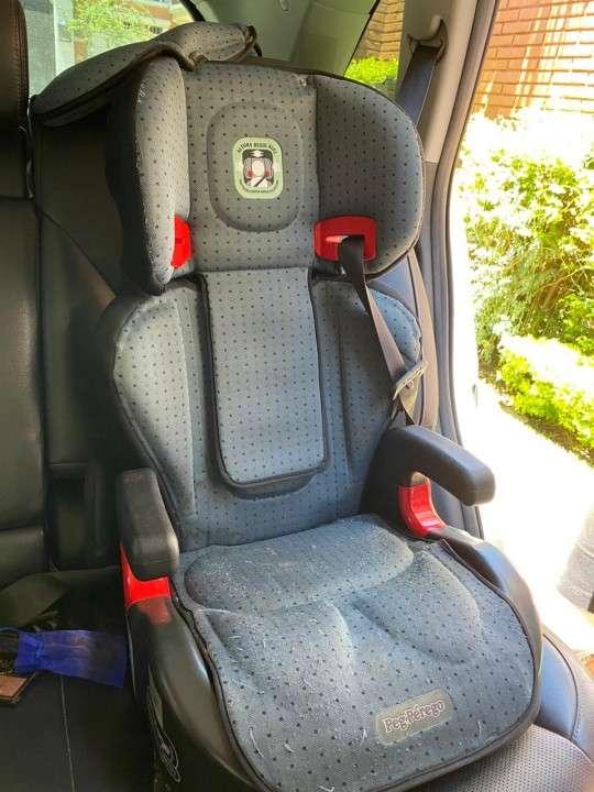 Car seat de 15 a 36 kg - 0