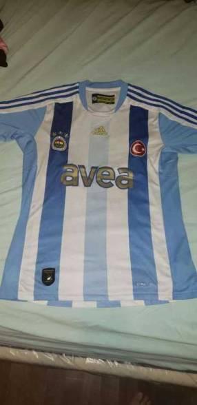 Remera alternativa del Fenerbahçe retro
