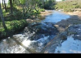 Terreno de 101 hectáreas en Valenzuela
