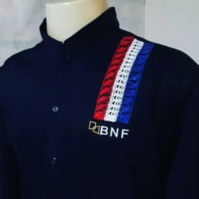 Camisa uniforme bordado