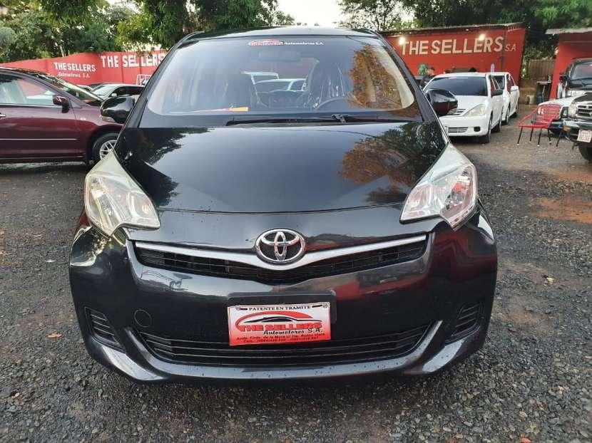 Toyota Ractis 2013 - 1