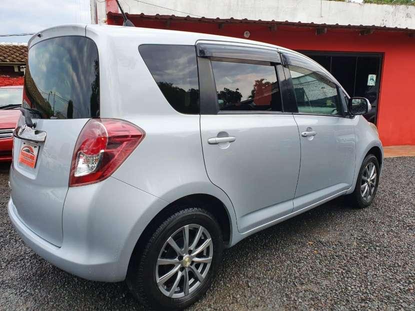 Toyota Ractis 2010 - 6