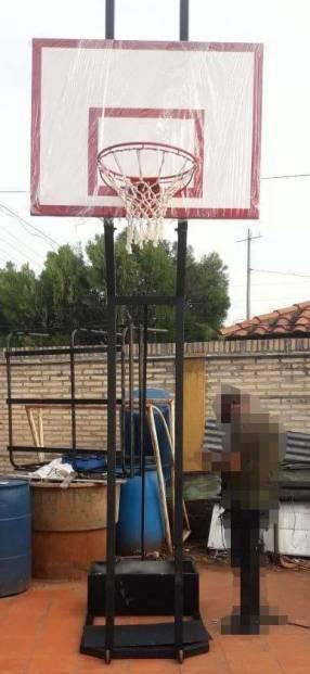 Aro de básquetball móvil