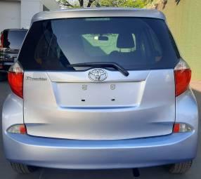 Toyota New Ractis 2010