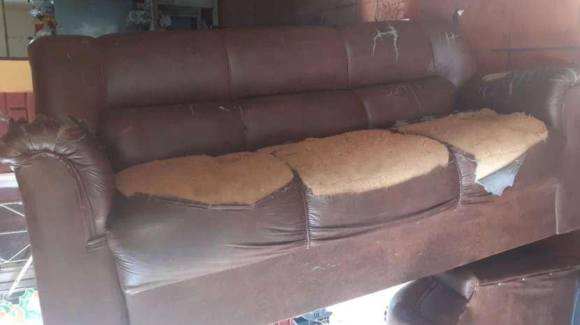 Retapizados de sofás y tapizados de vehículos - 1