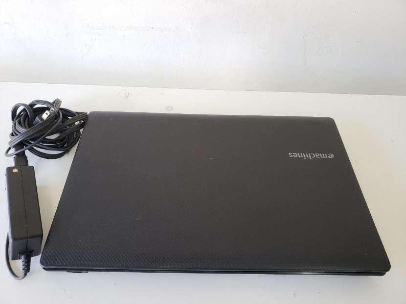 Notebook Emachines de 15.6 pulgadas - 5